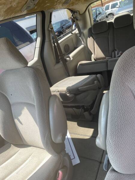 2006 Chrysler Town and Country for sale at Oxnard Auto Brokers in Oxnard CA