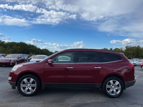 2011 Chevrolet Traverse for sale at CARS PLUS CREDIT in Independence MO