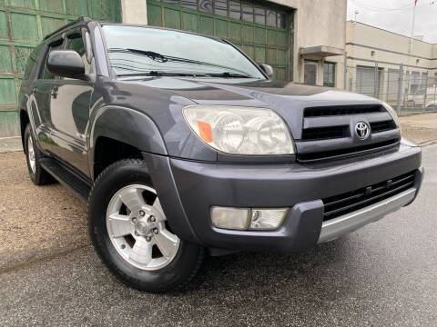 2004 Toyota 4Runner for sale at Illinois Auto Sales in Paterson NJ
