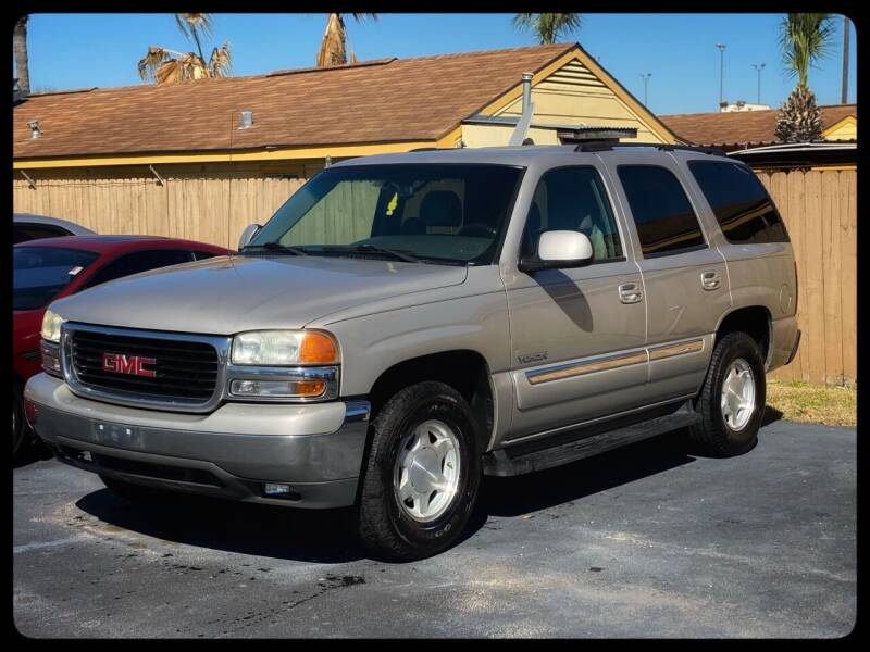 2004 GMC Yukon for sale at ASTRO MOTORS in Houston TX