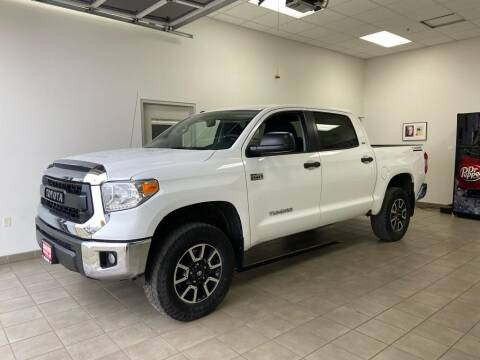 2017 Toyota Tundra for sale at DAN PORTER MOTORS in Dickinson ND