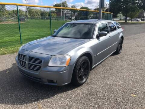 2007 Dodge Magnum for sale at Cars With Deals in Lyndhurst NJ