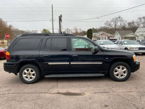 2003 GMC Envoy XL for sale at RIVERSIDE AUTO SALES in Sioux City IA
