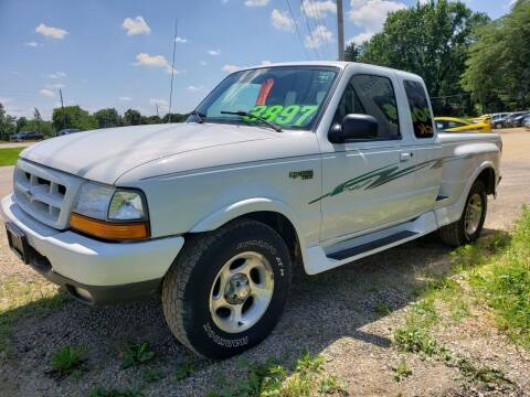 2000 Ford Ranger for sale at Northwoods Auto & Truck Sales in Machesney Park IL