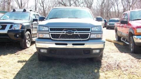 2006 Chevrolet Silverado 1500 for sale at Griffon Auto Sales Inc in Lakemoor IL