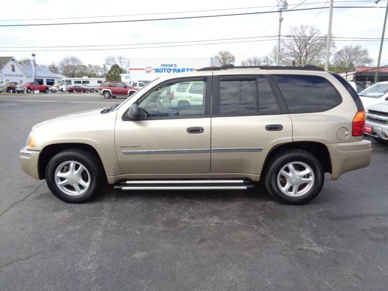 2006 GMC Envoy for sale at Cars Unlimited Inc in Lebanon TN