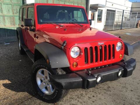 2011 Jeep Wrangler Unlimited for sale at Illinois Auto Sales in Paterson NJ