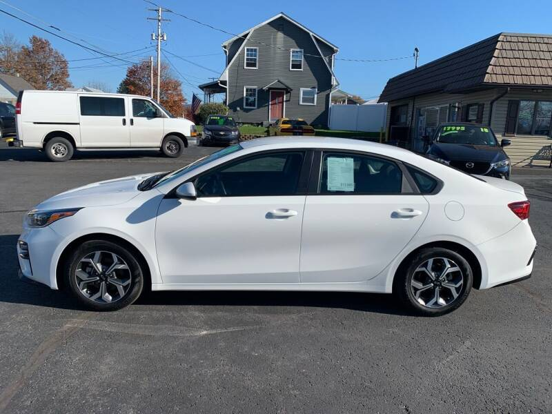 2019 Kia Forte for sale at MAGNUM MOTORS in Reedsville PA