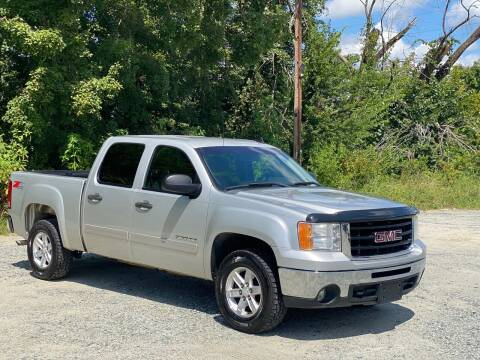 2011 GMC Sierra 1500 for sale at Charlie's Used Cars in Thomasville NC