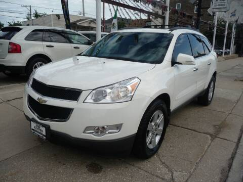 2010 Chevrolet Traverse for sale at Car Center in Chicago IL