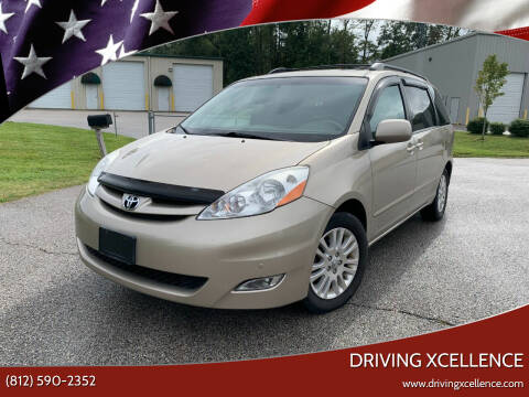 2010 Toyota Sienna for sale at Driving Xcellence in Jeffersonville IN