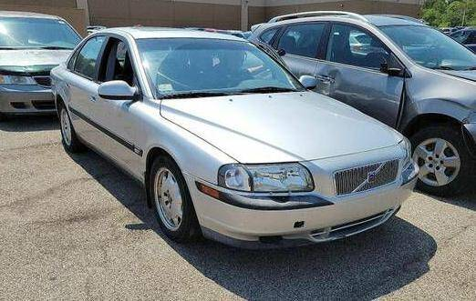 2002 Volvo S80 for sale at Glory Auto Sales LTD in Reynoldsburg OH