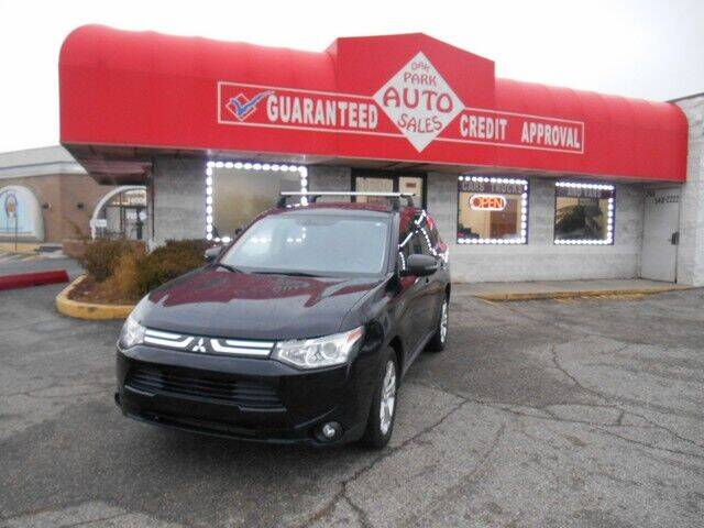 2014 Mitsubishi Outlander for sale at Oak Park Auto Sales in Oak Park MI