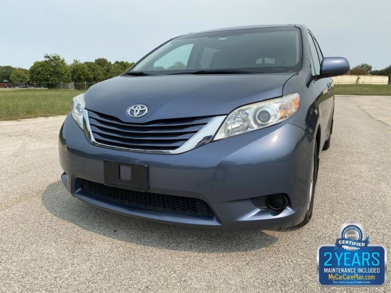 2016 Toyota Sienna for sale at Destin Motors in Plano TX