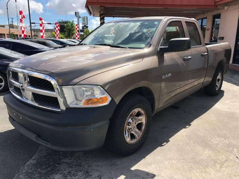 2009 Dodge Ram Pickup 1500 for sale at Global Motors in Hialeah FL