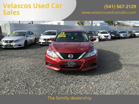 2016 Nissan Altima for sale at Velascos Used Car Sales in Hermiston OR