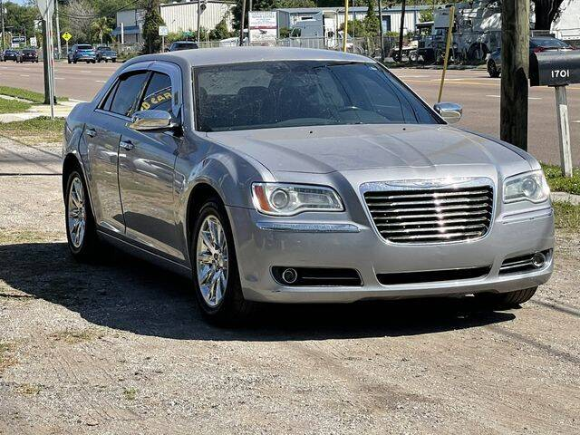 2011 Chrysler 300 for sale at Pioneers Auto Broker in Tampa FL