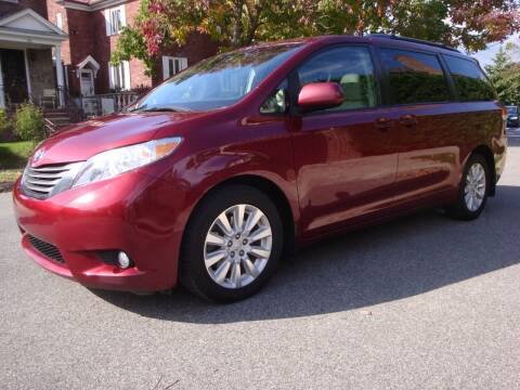 2013 Toyota Sienna for sale at Cars Trader in Brooklyn NY