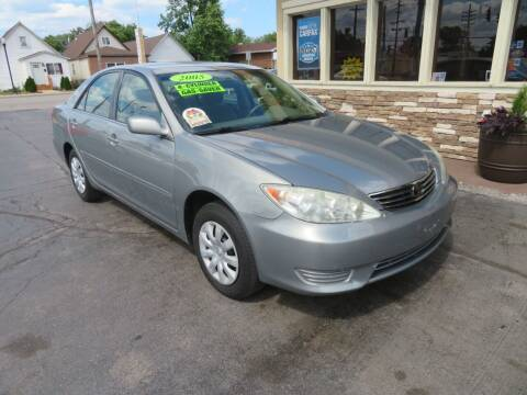 2005 Toyota Camry for sale at Bells Auto Sales in Hammond IN