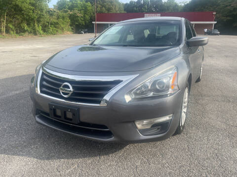 2014 Nissan Altima for sale at Certified Motors LLC in Mableton GA