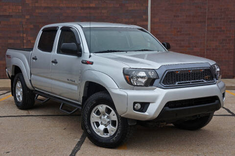 2013 Toyota Tacoma for sale at Effect Auto Center in Omaha NE
