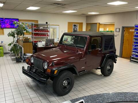 2001 Jeep Wrangler for sale at FIESTA MOTORS in Hagerstown MD