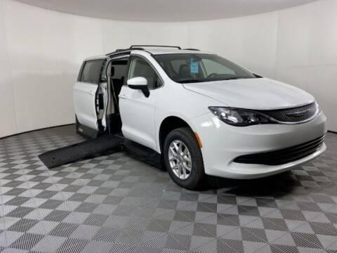 2020 Chrysler Voyager for sale at AMS Vans in Tucker GA