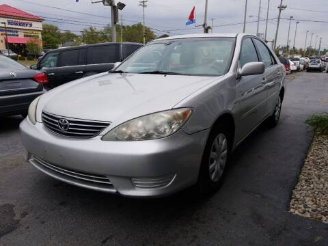 2005 Toyota Camry for sale at Martins Auto Sales in Shelbyville KY