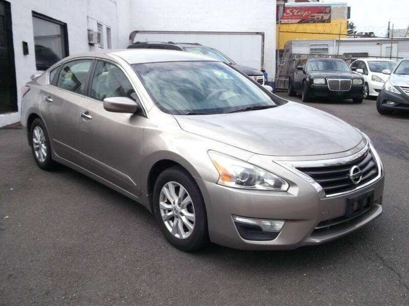 2014 Nissan Altima for sale at Topchev Auto Sales in Elizabeth NJ