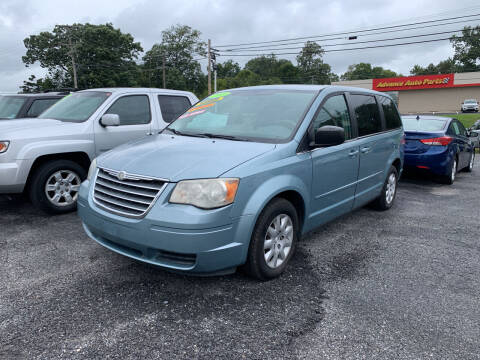 2009 Chrysler Town and Country for sale at Credit Connection Auto Sales Dover in Dover PA