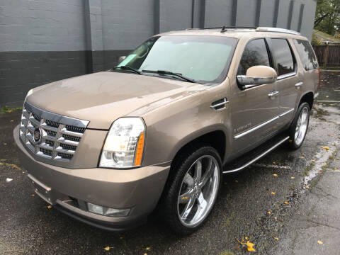 2007 Cadillac Escalade for sale at APX Auto Brokers in Lynnwood WA