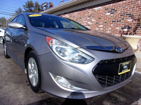 2011 Hyundai Sonata Hybrid for sale at Certified Motorcars LLC in Franklin NH