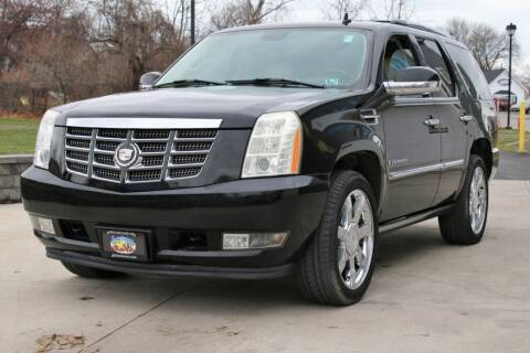 2007 Cadillac Escalade for sale at Great Lakes Classic Cars in Hilton NY