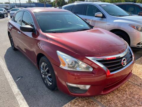 2015 Nissan Altima for sale at Auto Solutions in Warr Acres OK