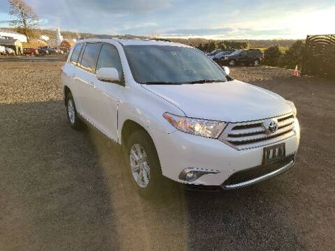 2012 Toyota Highlander for sale at BETTER BUYS AUTO INC in East Windsor CT