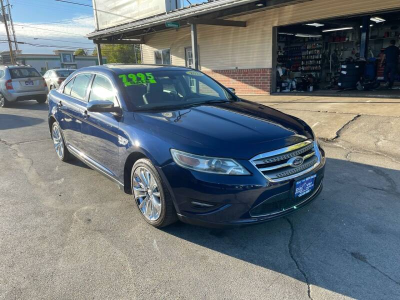2012 Ford Taurus for sale at DISCOVER AUTO SALES in Racine WI