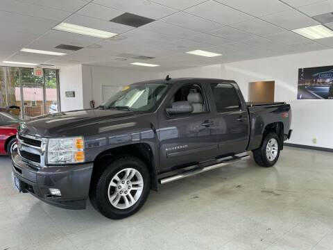 2011 Chevrolet Silverado 1500 for sale at Used Car Outlet in Bloomington IL