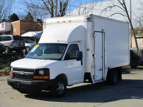 2016 Chevrolet Express Cutaway for sale at A & A IMPORTS OF TN in Madison TN