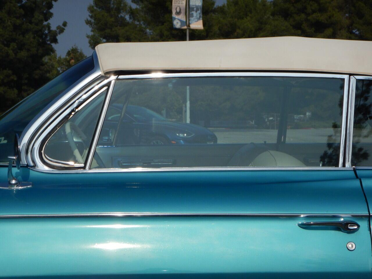 1961 Cadillac Eldorado Biarritz 12