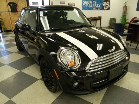 2012 MINI Cooper Hardtop for sale at Lindenwood Auto Center in St.Louis MO
