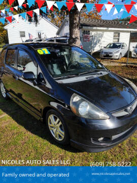 2007 Honda Fit for sale at NICOLES AUTO SALES LLC in Cream Ridge NJ
