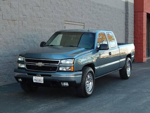 2006 Chevrolet Silverado 1500 for sale at Gilroy Motorsports in Gilroy CA