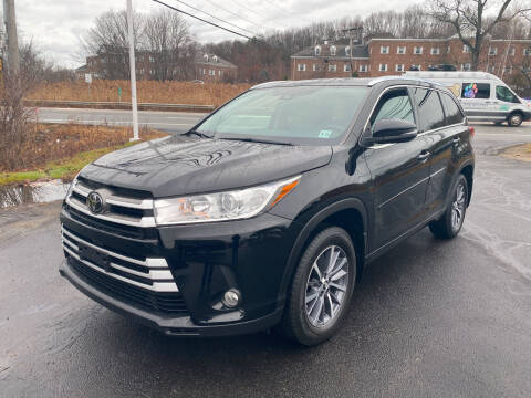 2017 Toyota Highlander for sale at Turnpike Automotive in North Andover MA