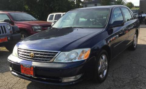 2004 Toyota Avalon for sale at Knowlton Motors, Inc. in Freeport IL