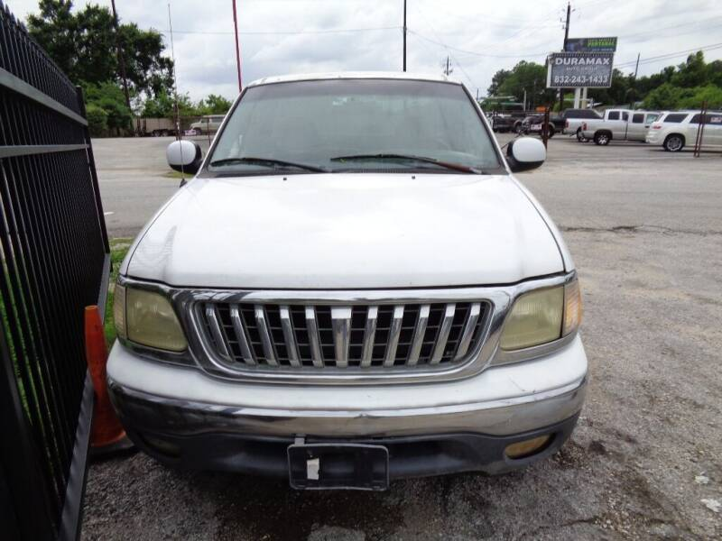 1998 Ford F-150 for sale at SCOTT HARRISON MOTOR CO in Houston TX