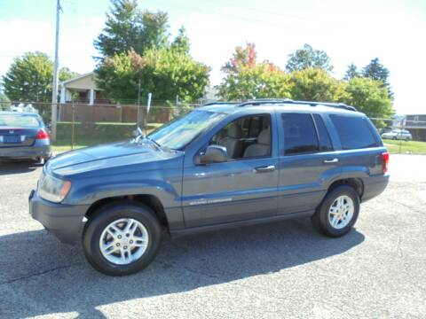 2004 Jeep Grand Cherokee for sale at B & G AUTO SALES in Uniontown PA