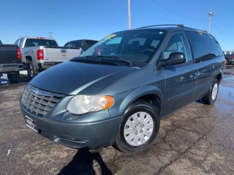2007 Chrysler Town and Country for sale at Superior Auto Mall of Chenoa in Chenoa IL