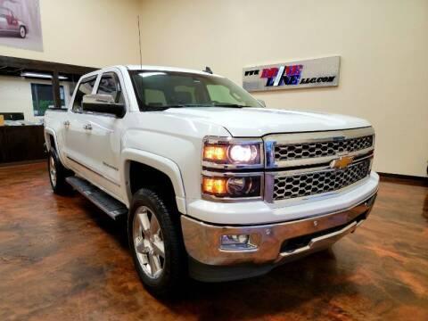 2015 Chevrolet Silverado 1500 for sale at Driveline LLC in Jacksonville FL