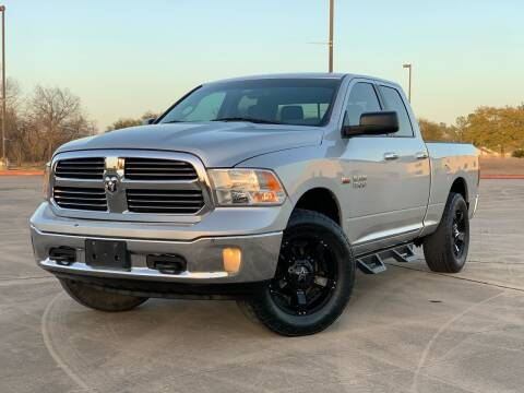 2015 RAM Ram Pickup 1500 for sale at AUTO DIRECT Bellaire in Houston TX