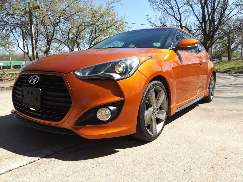 2013 Hyundai Veloster for sale at Crispin Auto Sales in Urbana IL